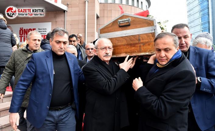 Taner Coşkun'u CHP Lideri ve yol arkadaşları...
