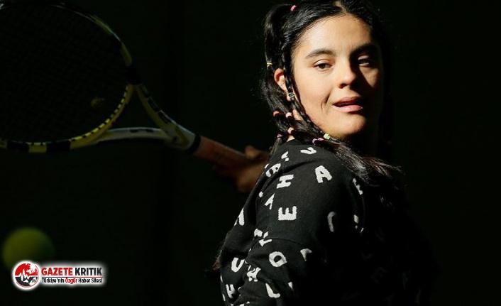Down sendromlu tenisçi Berfin milli formayı giydi