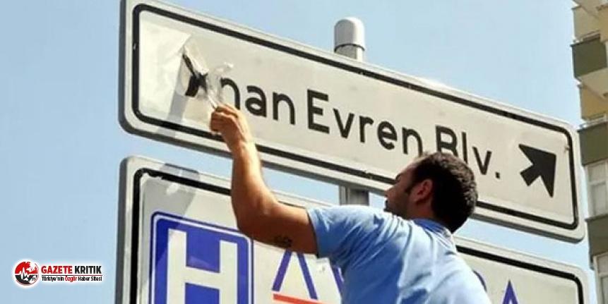 Kenan Evren'in adı İzmir'in 3 ilçesinin sokaklarından kaldırıldı