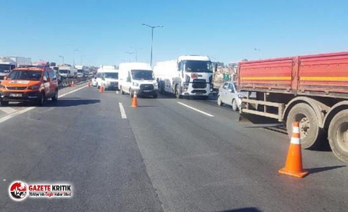 TEM'de zincirleme kaza: 2 kamyon dahil 6 araç çarpıştı