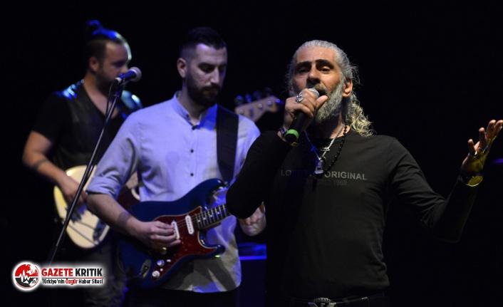 Yenişehir Belediyesi Anadolu Rock müziğinin efsanelerini şarkılarıyla andı
