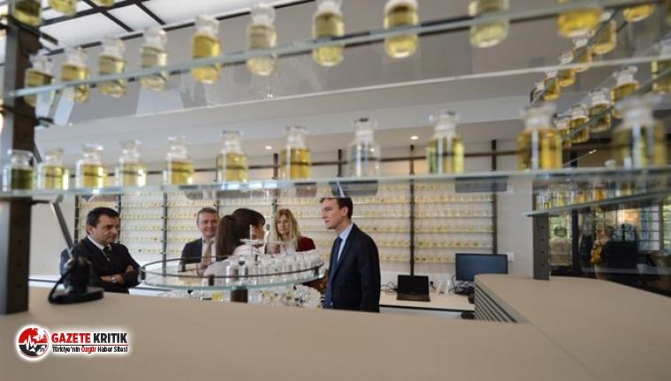 Louis Vuitton parfüm yerine el dezenfektanı üretecek