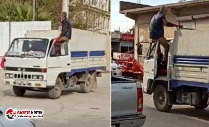 Mardin'de akılalmaz görüntü! Kamyoneti ayaklarıyla...