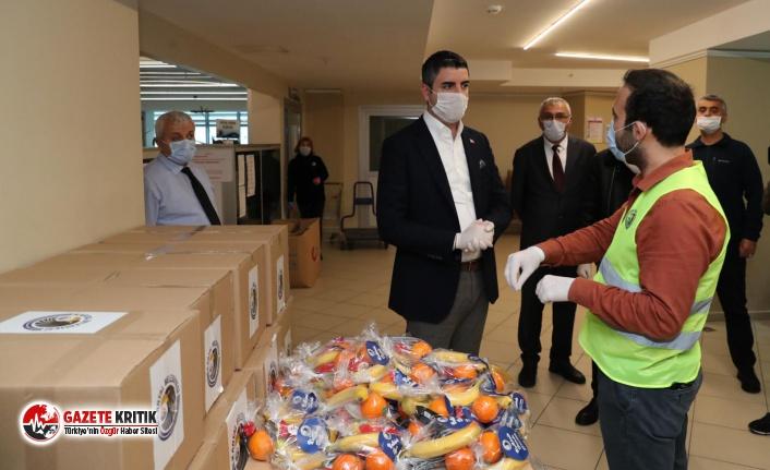 Sağlık Emekçilerine, Kartal Belediyesi'nden Gıda Desteği