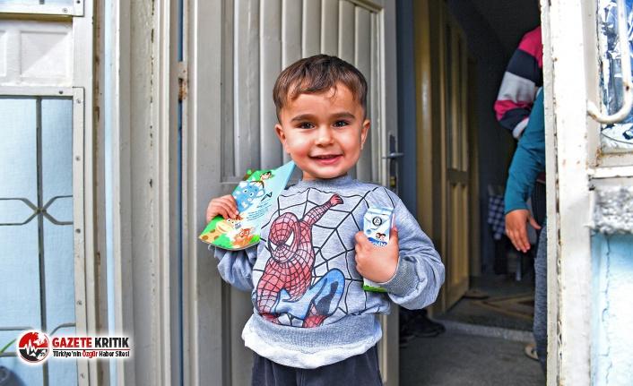 Mersin Büyükşehir Çocukları Sütle Buluşturuyor