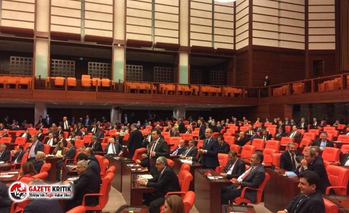 """""""AKP'li vekillerin yeni partilere katılmalarını..."""