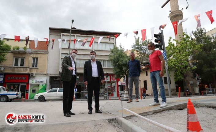 Başkan Ercengiz, Kaldırım çalışmalarını yerinde...