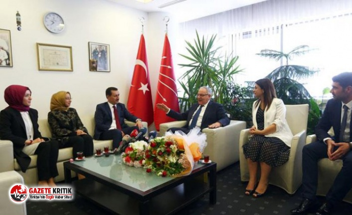 Bayramlaşma pozundan iktidar analizi: AKP'nin...
