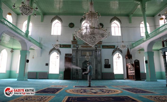 Burdur'da camiler dezenfekte edildi