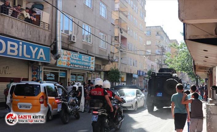 Diyarbakır'da silahlı saldırıya uğrayan...