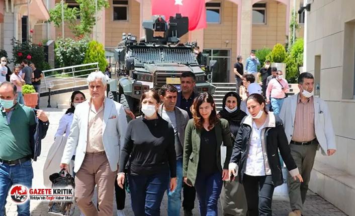 Gözaltına alınan HDP'li 3 belediye başkanı...
