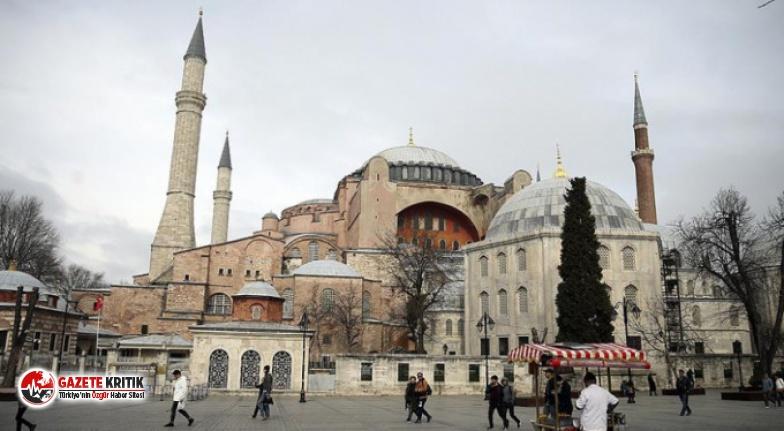 Ayasofya'ya yeni imam ve müezzin atanıp müştemilat...