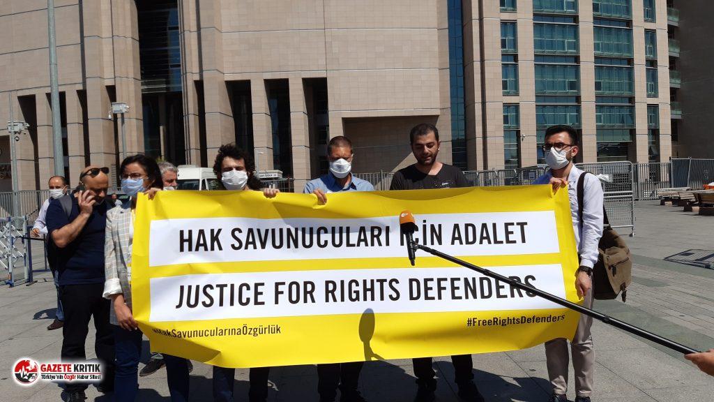 AP Türkiye Raportörü'nden Büyükada davasında...