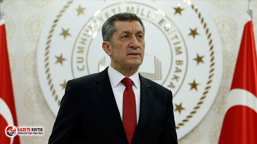 Bakan Selçuk'tan okulların açılması ile...