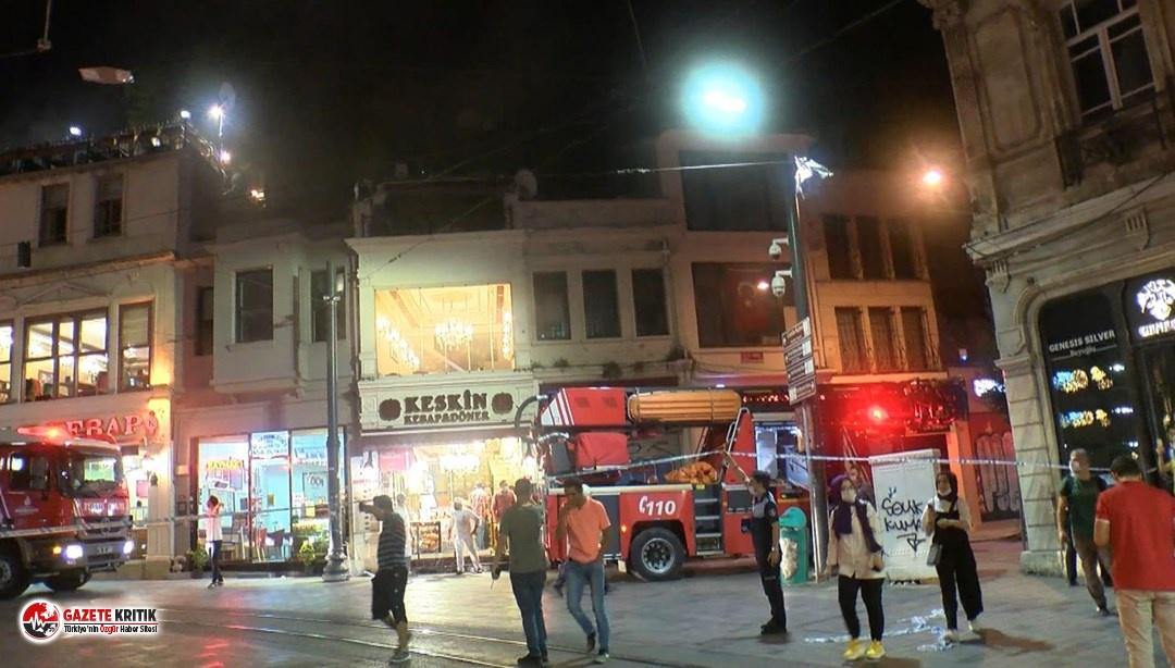 Beyoğlu'nda mağazada yangın!