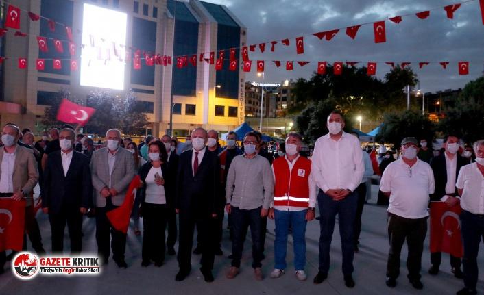 """Kartal Meydanı'nda """"15 Temmuz Demokrasi Nöbeti"""" Tutuldu"""