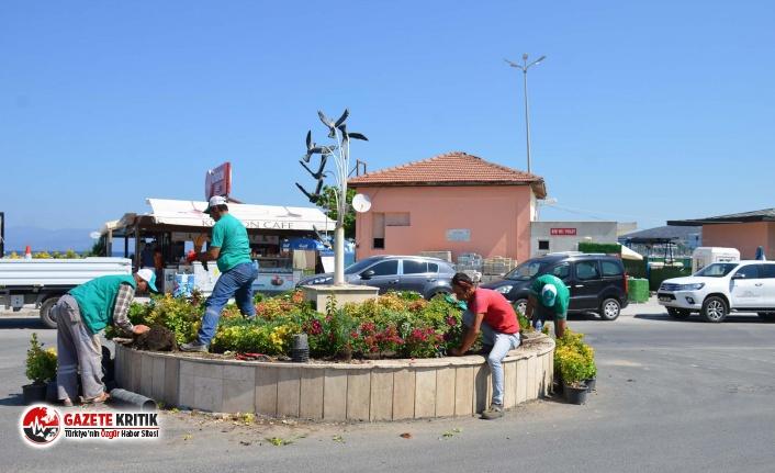 Kuşadası Belediyesi 'Daha Yeşil Bir Çevre'' İçin Çalışmalarına Devam Ediyor