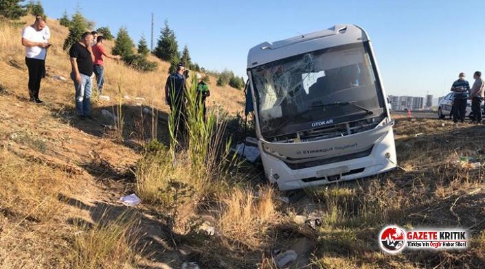 ASELSAN personelini taşıyan minibüs kaza yaptı:...