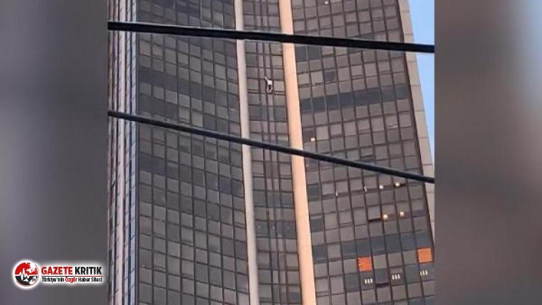 58 katlı gökdelene ekipmansız tırmandı