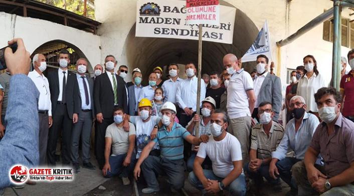 7 aydır maaş alamadıkları için eylem yapan madenciler...