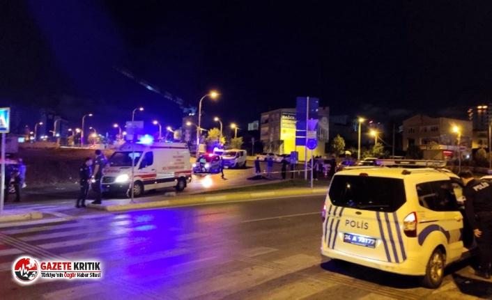 Bağcılar'da otomobile silahlı saldırı: 1 ölü,...