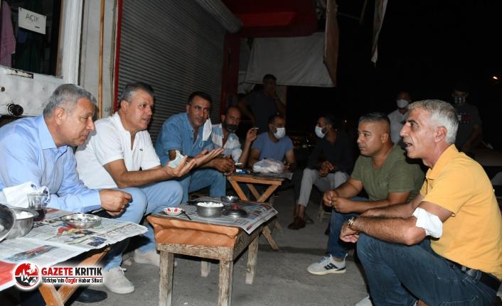 CHP'li Barut ve Sümer, iş bırakan tarım işçileriyle...
