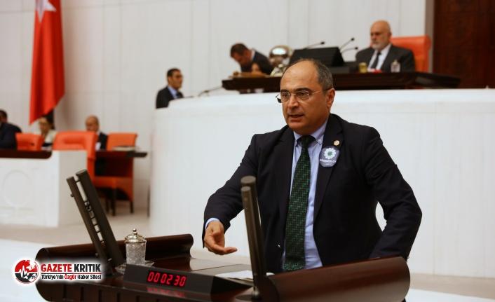 """CHP'li Aydoğan: Üniversitelerimizde """"Akademisyencilik"""" oynuyorlar"""