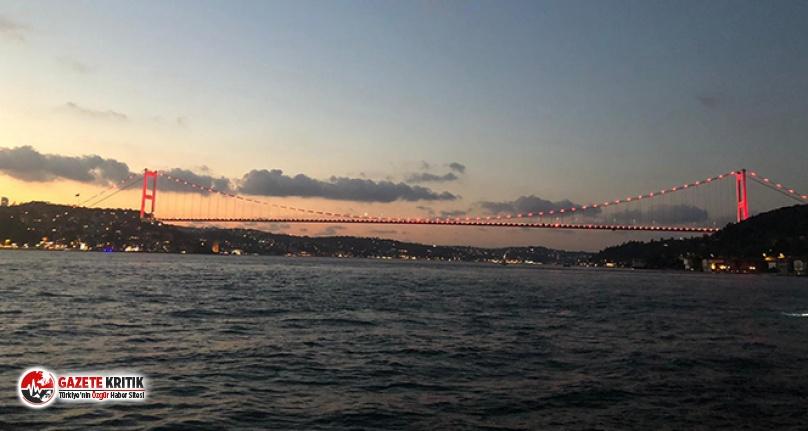 İstanbul'un köprüleri '7 Eylül Dünya Duchenne Farkındalık Günü' için kırmızıya büründü