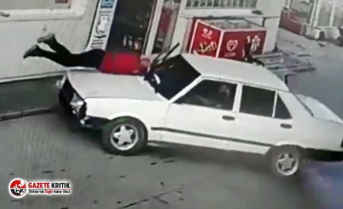 Tartıştığı akaryakıt istasyonu görevlisine otomobiliyle çarptı!