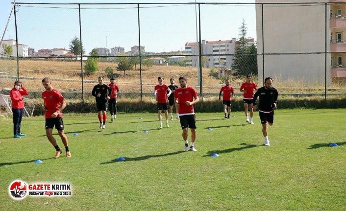 Yozgatspor'da 12 futbolcu, 3 antrenör ve 1 masör...