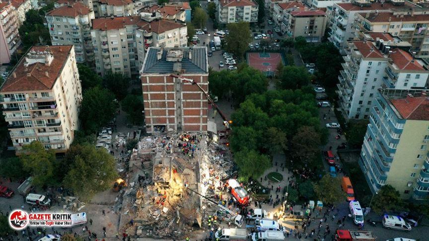 AFAD, İzmir depreminde can kaybının 39'a yükseldiğini...