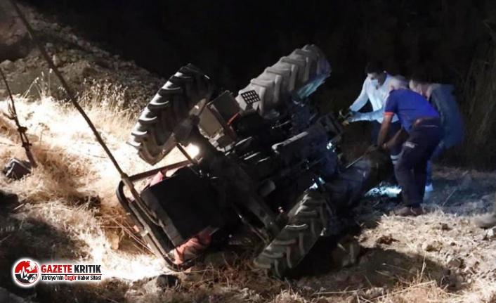 Devrilen traktörün altında kalan çift, öldü