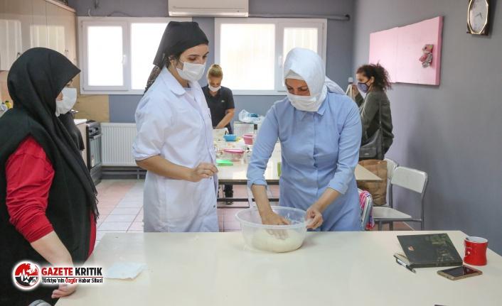 Kadınlar iş hayatı için ilk adımı Buca'da...