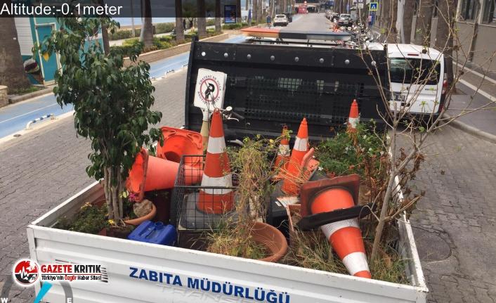 Marmaris Belediyesi'nde zabıtaları yol kenarlarını tertemiz etti
