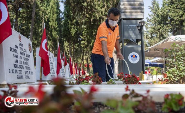 Mersin'de kent genelinde mezarlık çalışmaları...
