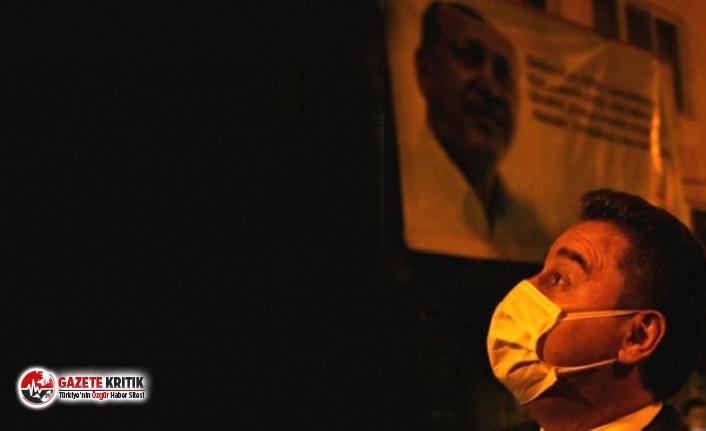 AKP'liler Ali Babacan'ı bu pankartla karşıladı, DEVA Partililer de sosyal medyadan yanıt verdi