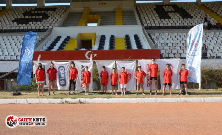 Kuşadası Belediye Spor Triatlon Takımından Büyük...