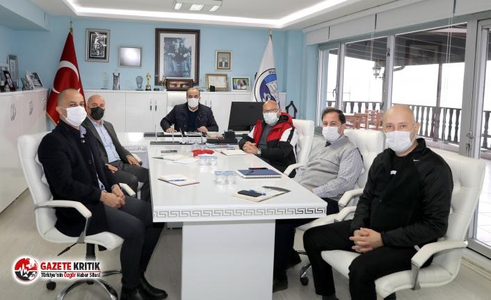 Mudanya Belediyesi koronavirüse karşı görevinin...