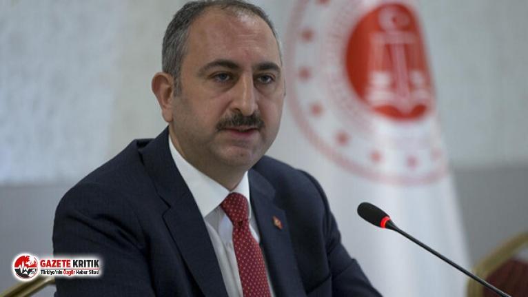 Adalet Bakanı Gül: Görevim süresince o cübbeyi...