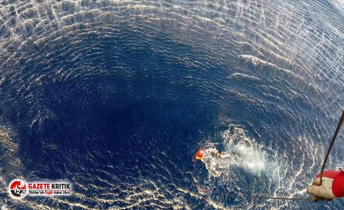 Libya açıklarında göçmenleri taşıyan tekne...