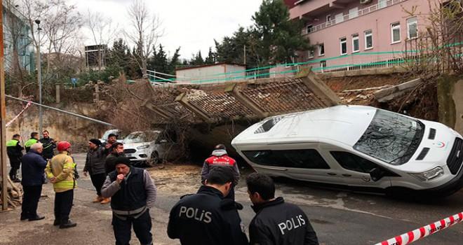 Beykoz'da istinat duvarı araçların üzerine çöktü