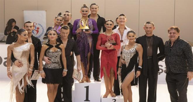 Dans Sporu BİLGİ Türkiye Şampiyonası'nda dansçılar...
