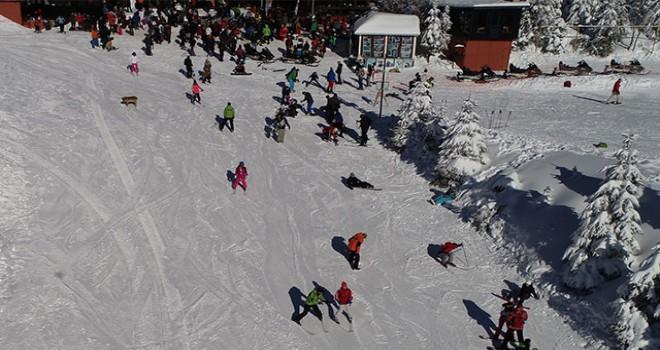 Kartepe Kayak Merkezi'ne yılbaşı akını