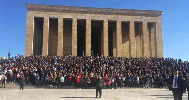 Türkan Saylan'ın talebeleri Anıtkabir'de buluştu