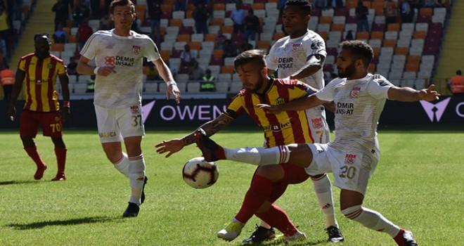 Evkur Yeni Malatyaspor - Demir Grup Sivasspor: 4-4