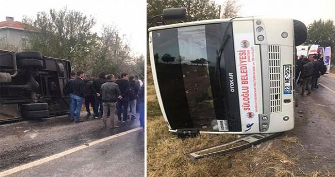 Edirne'de askerleri taşıyan servis kaza yaptı:...