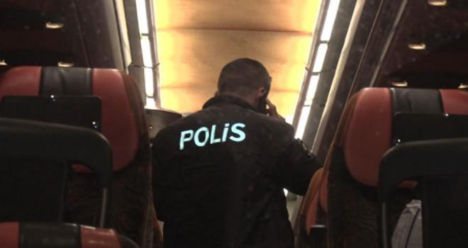 Yolcu otobüsüne uyuşturucu ihbarı polisi alarma...