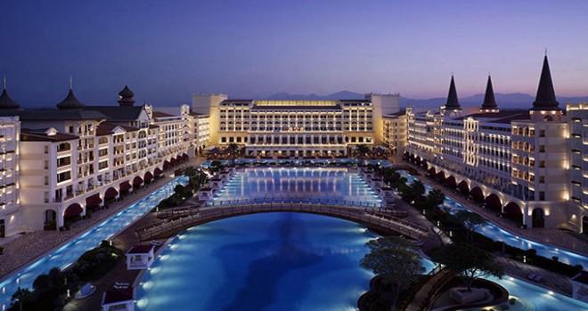 Mardan Palace, Titanic Hotels'e kiralandı