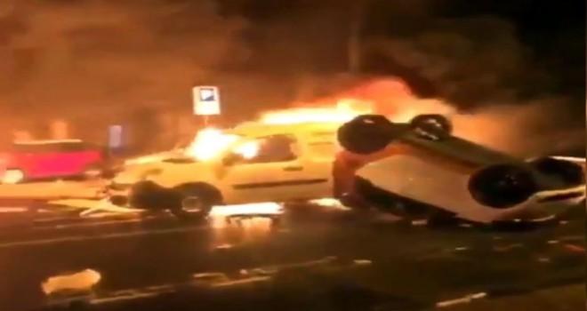 Paris'te yine araçlar yakıldı, sokaklar savaş...
