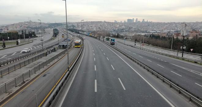İstanbul'da 2019'un ilk günü yollar boş kaldı